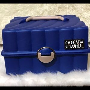 SASSABY Blue Vintage Travel Makeup Case From 1991